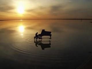 PAOLA PARRI, A Piano Diary, www.pianosolo.it, April 20th, 2011