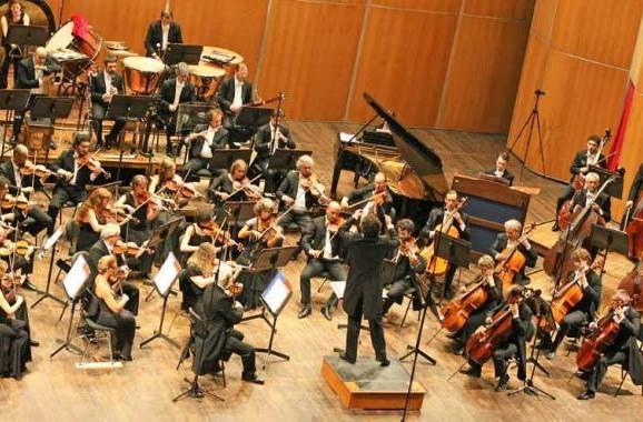 MICHELE MANZOTTI, Alto sui pedali, quando la musica classica racconta lo sport, «Il Corriere Musicale», 10 settembre 2013