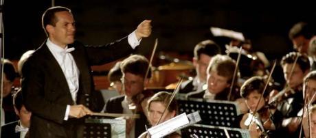 ANDREA MILANESI, Liber Mundi di Cristian Carrara musica d'oggi che parla a tutti, «Avvenire», p. 33, 15 aprile 2012