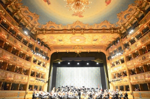 Laura Gaspari, Make music not war – A magnificent  Strausser at the Fenice in Venezia